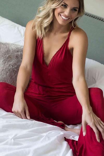 Merry See Kırmızı Dantel İşlemeli Askılı Eşofman Pijama Tulum